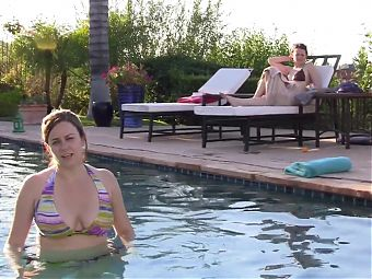 Katie Featherston Sexy in Paranormal Activity 2