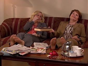 Amy Poehler and Pamela Reed Pantyhose Feet