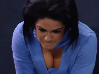WWE - Bailey cleavage