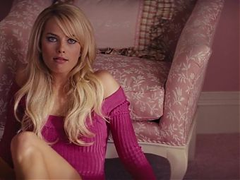 Margot Robbie Nude and Sex Scenes with Close-ups