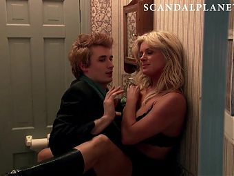 Rachel Hunter Sex Scene from 'Gravity' On ScandalPlanet.Com