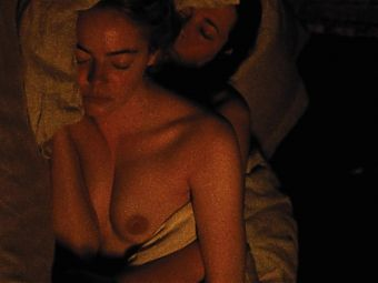 Emma Stone nude tits THE FAVOURITE nipples topless wet boobs